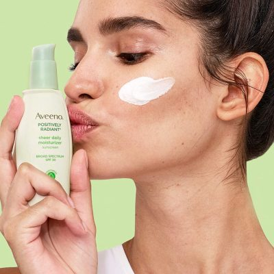 Aveeno Positively Radiant Daily Facial Moisturizer